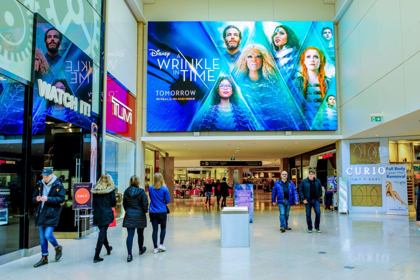 Disney - A Wrinkle in Time - Centres commerciaux– CF Sherway Gardens– panneau numérique (Toronto, Ontario)