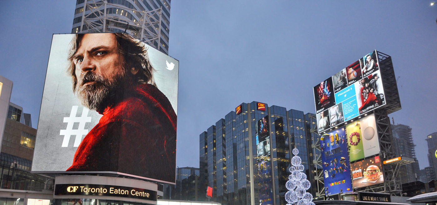 Twitter - Star Wars- Domination du square Yonge-Dundas– tour du CFTEC + tour média AOB (Toronto, Ontario)