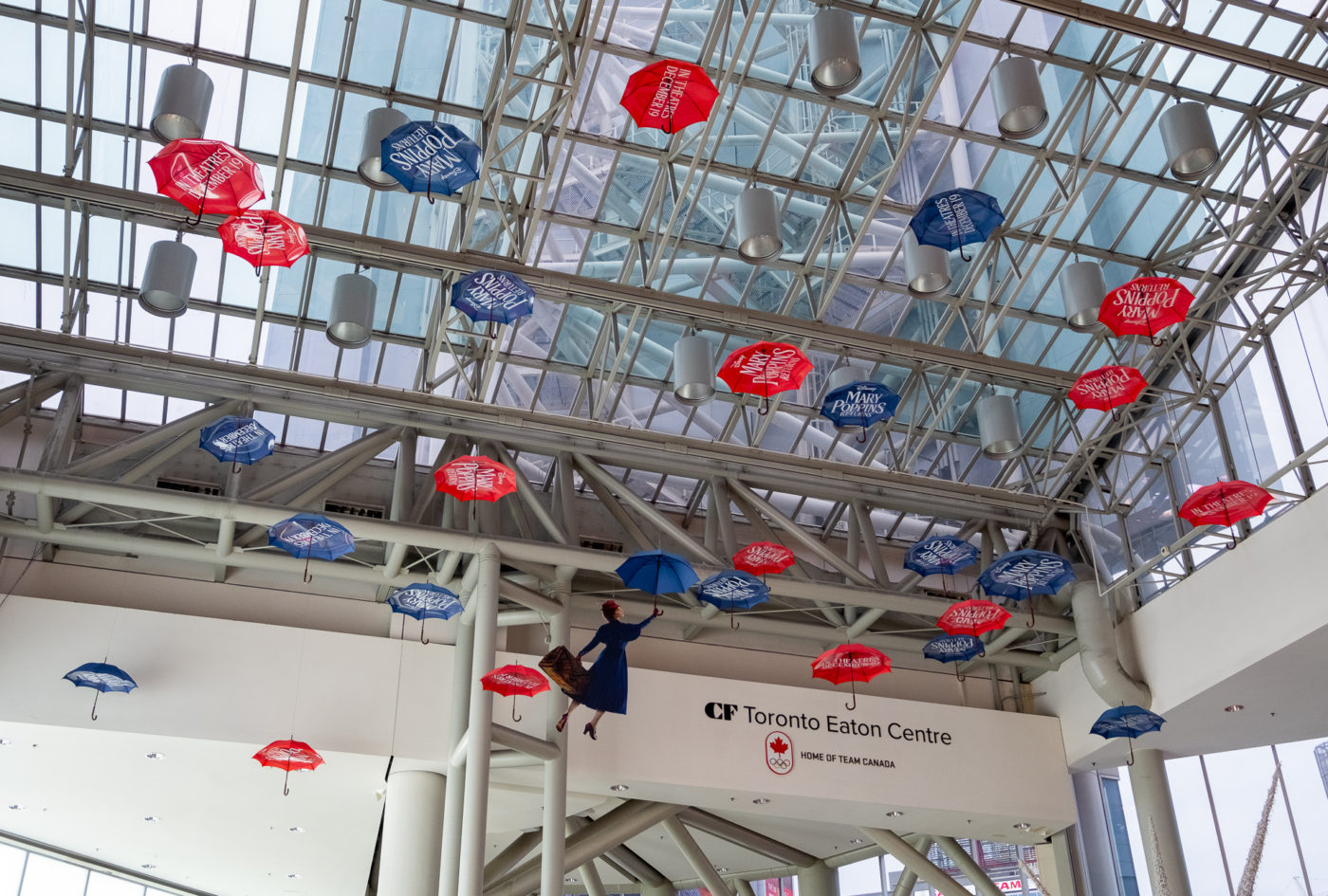 Mary Poppins - Malls - The Eaton Center - Activation